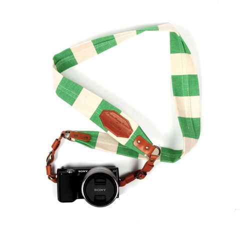 Roberu Border Stripe Camera strap Lime